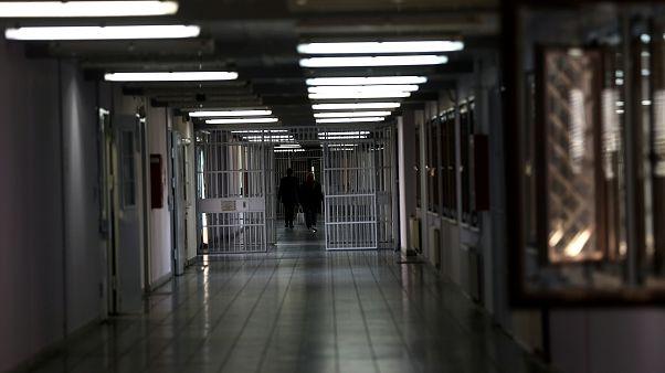Λάρισα: Αποφυλακίστηκε η καθαρίστρια