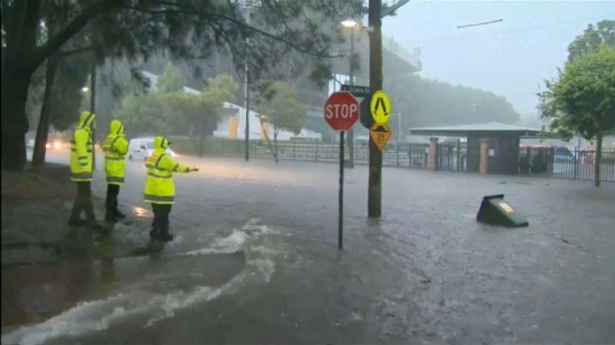 Heftige Regenfälle: Chaos in Sydney