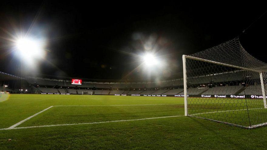 Un club de fútbol irlandés da por muerto a uno de sus futbolistas, que estaba sano y salvo en España