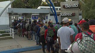 Orta Amerika'dan yola çıkan 'ikinci göçmen kervanı' da ABD sınırına ulaştı