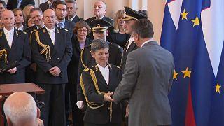Eslovénia, o único estado da NATO com uma mulher à frente do Exército