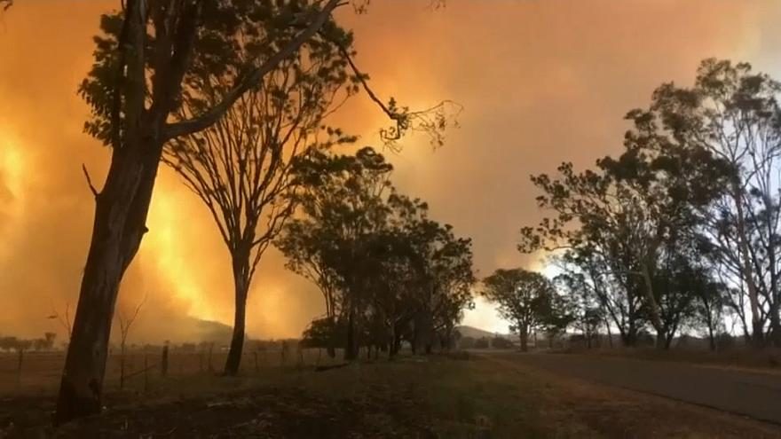 Australia: wildfires ravage Queensland