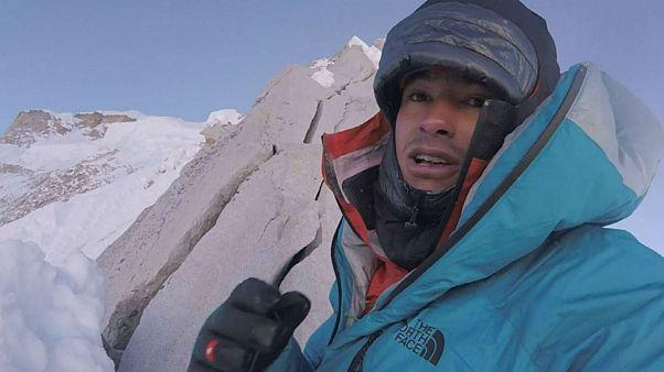 Austrian climber David Lama completes first solo climb of Lunang Ri