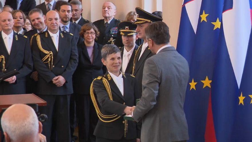 Alenka Ermenc se convierte en la primera mujer al frente del Ejército esloveno