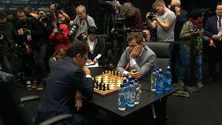 Магнус Карлсен сохранил звание чемпиона мира по шахматам