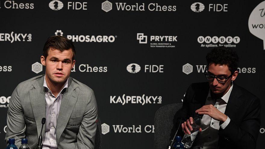 Carlsen revalida el título de campeón del mundo de ajedrez