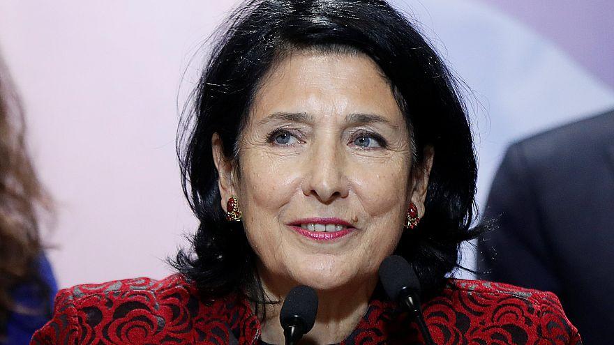 Zurabişvili Gürcistan'ın ilk kadın cumhurbaşkanı oldu