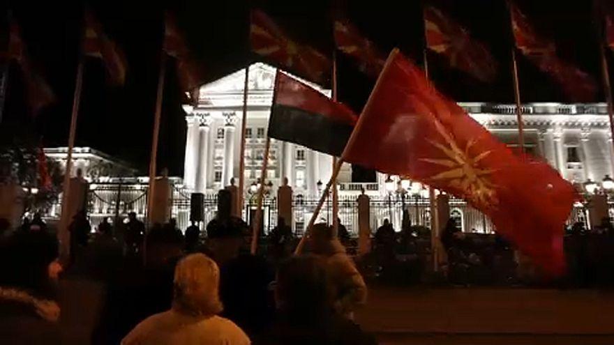 Több ezres ellenzéki tüntetés volt Szkopjében