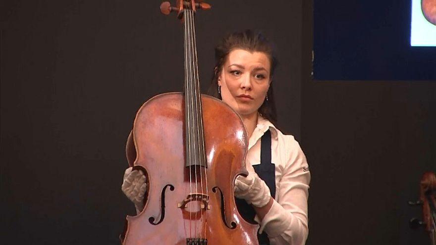 Più di due milioni per il violoncello di Rostropovich