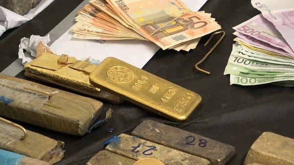 Grèce : un réseau national de trafic d'or démantelé