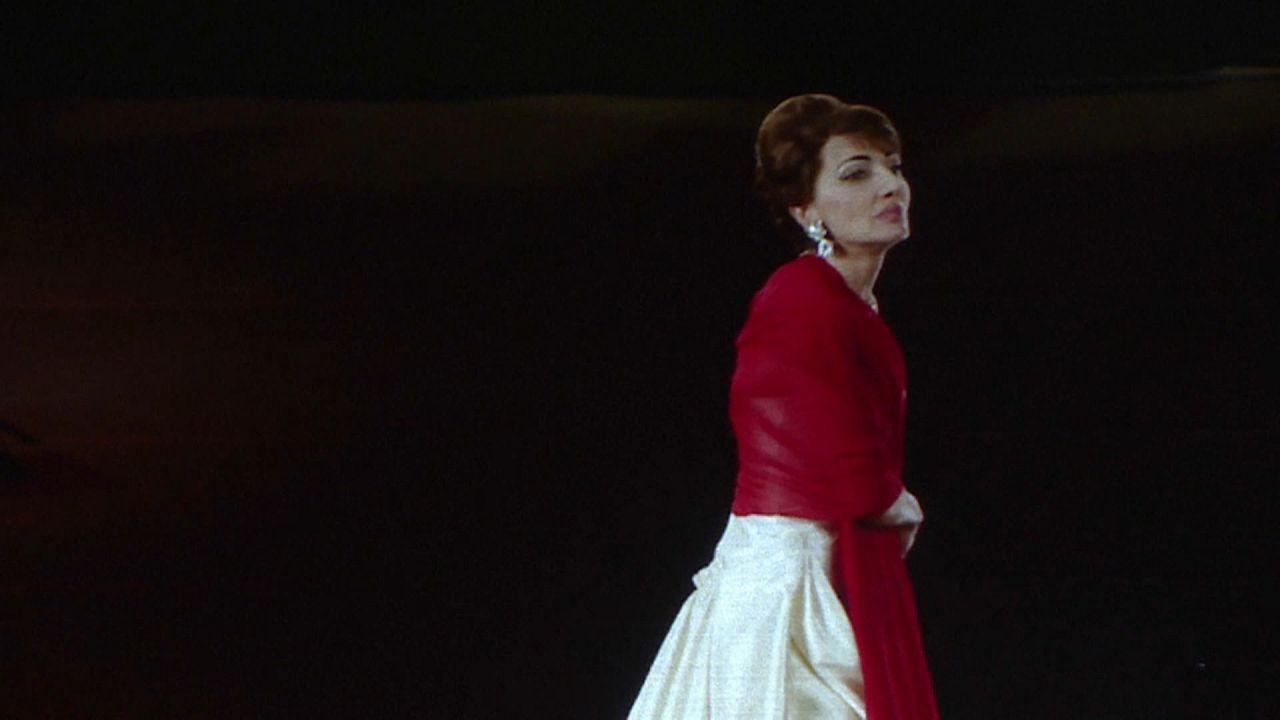 """Maria Callas """"regressa"""" aos palcos"""