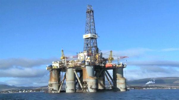روسيا تتقبل ضرورة خفض إنتاج النفط وتفاوض السعودية على التفاصيل