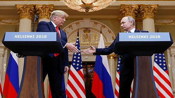 الرئيسان الأمريكي والروسي دونالد ترامب وفلاديمير بوتين في هلسنكي 16-06-2018