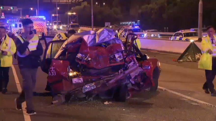 مقتل 5 أشخاص وإصابة 30 آخرين بجروح إثر اصطدام حافلة بسيارة أجرة في الصين