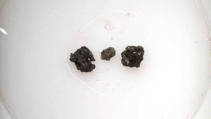 """أمريكي يبيع """"صخورمن القمر"""" من العهد السوفياتي مقابل 855 ألف دولار"""