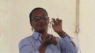 Rwanda : un test de dépistage du VIH à faire chez soi