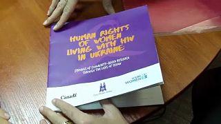 Video | Ukrayna'da kadınların AIDS çilesi: İç savaş nedeniyle HIV hızla yayılıyor