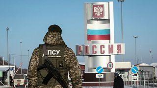 سرباز اوکراینی در مرز روسیه و اوکراین