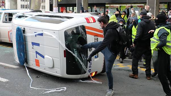 Τα κίτρινα γιλέκα διαδήλωσαν στις Βρυξέλλες