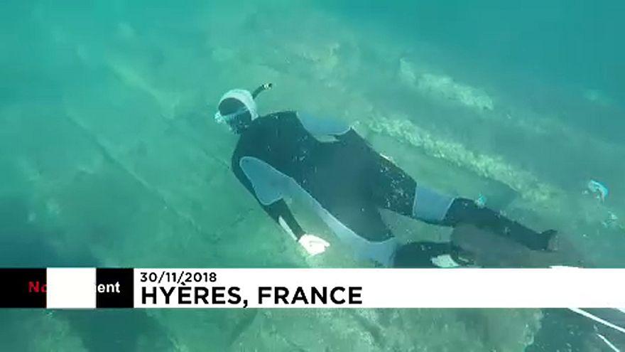 Romok a víz alatt