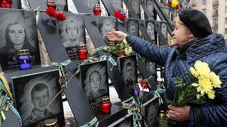 A Majdan-téri tüntetések áldozataira emlékeztek