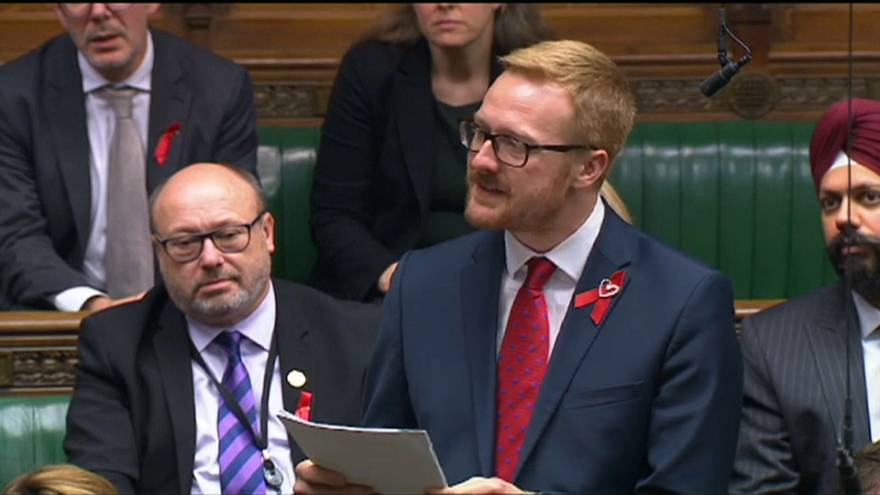 Britisches Unterhaus: Abgeordneter enthüllt seinen positiven HIV-Status