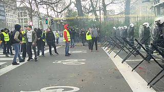 La protesta dei gilet gialli arriva a Bruxelles