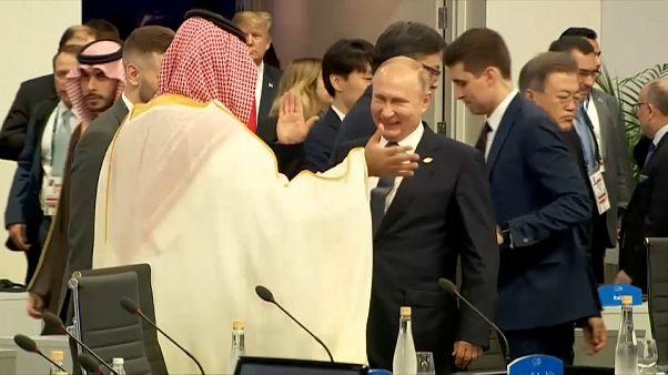 Russian President Vladimir Putin and Saudi Crown Prince Mohammed bin Salman