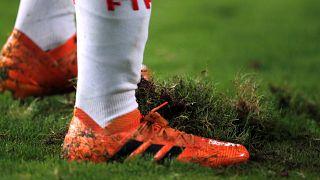 Kamerun'un Afrika Uluslar Kupası ev sahipliği hakkı iptal edildi
