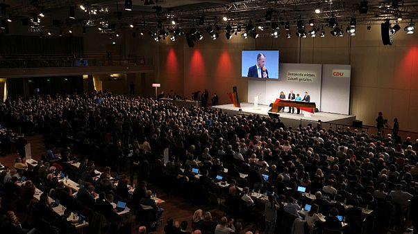 Les favoris à la succession d'Angela Merkel se sont présentés à Berlin