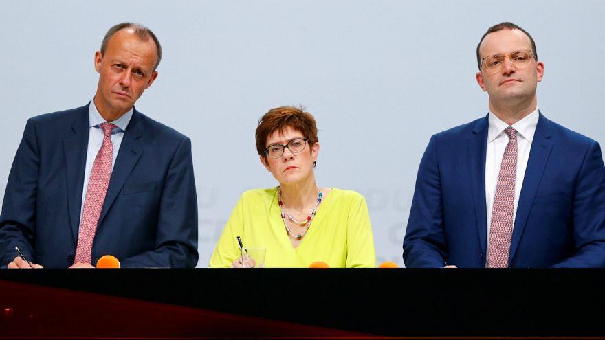 Berlim destaca Merz e Kramp-Karrenbauer na sucessão de Merkel na CDU