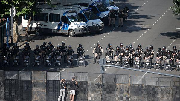 Μαζική πορεία στο Μπουένος Άιρες κατά της συνόδου G20