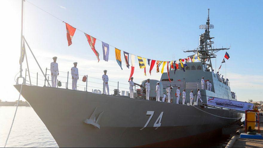 ایران از یک ناوچه فوق پیشرفته بومی در آب های خلیج فارس رونمایی کرد