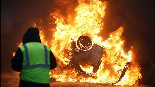 تظاهرات جلیقه زردها در پاریس
