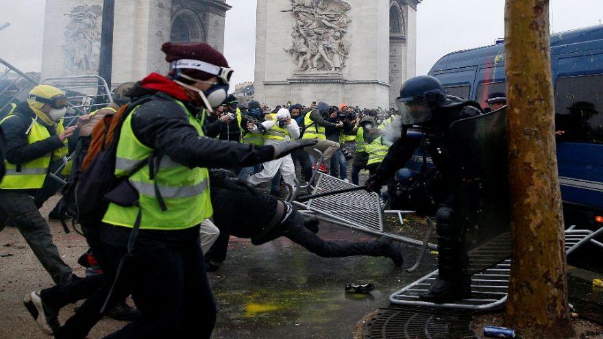 Ira y hiel en el corazón de París