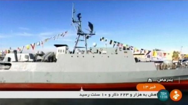 البحرية الإيرانية تدشن سفينة حربية لا تكشفها الرادارات