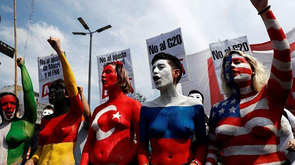 Göstericiler G20 ülkelerini protesto etti