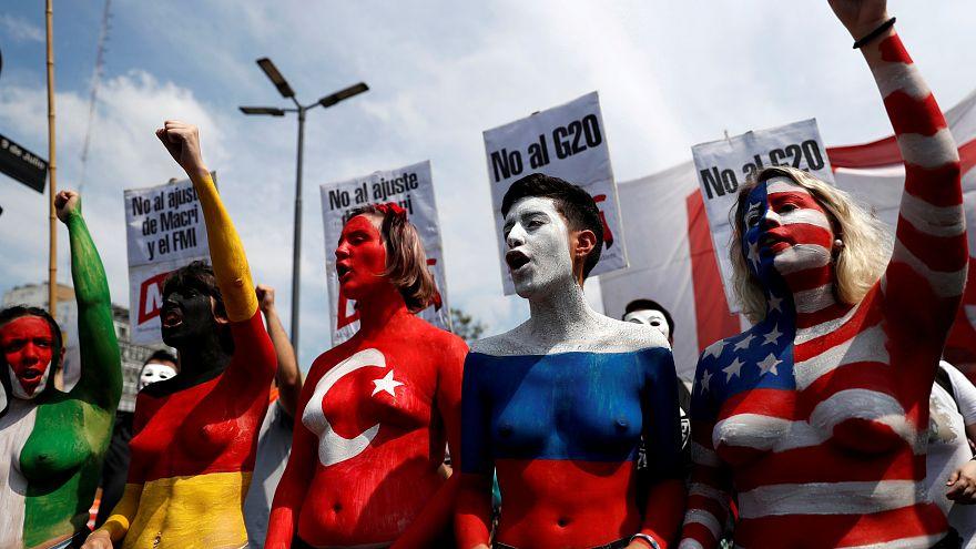 تواصل المظاهرات في الأرجنتين على عقد قمة مجموعة العشرين