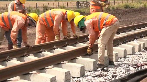 Kína épít vasutat Argentínában