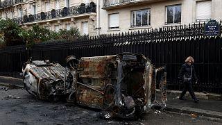 Μεγάλες καταστροφές στο κέντρο του Παρισιού