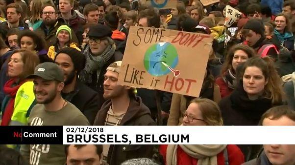 Miles de belgas salen a las calles para reclamar una política climática ambiciosa