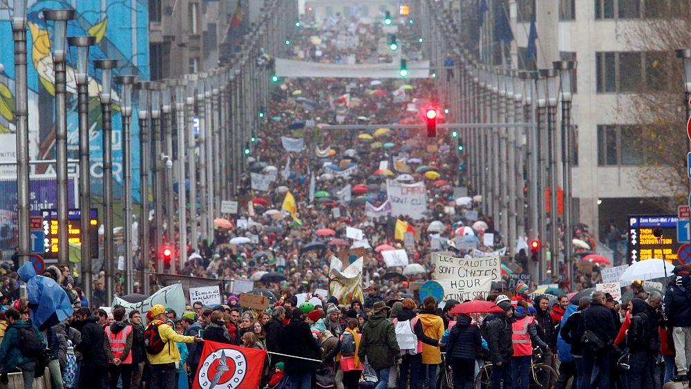 На акцию экологов в Брюсселе пришли 65 тысяч человек