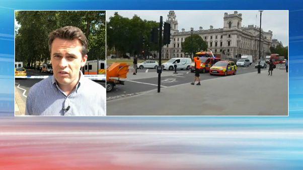 Un homme percute délibérément le parlement Westminster