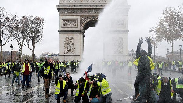 Párizs: nincs rendkívüli állapot