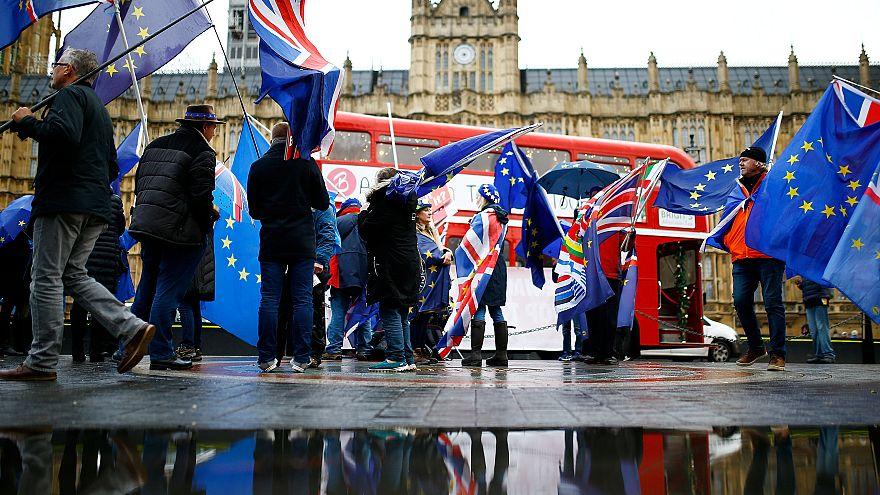 El Gobierno de May publica el resumen del análisis legal del acuerdo del Brexit