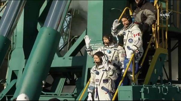 Partita da Baykonur la Soyuz con tre astronauti