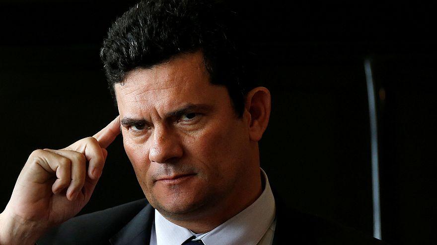 Sergio Moro antes de um reunião com Bolsonaro em Brasília