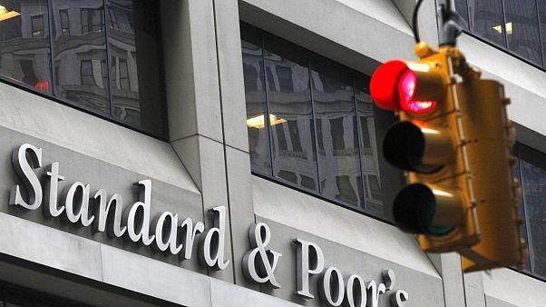 S&P: Türk bankalarındaki batık kredi oranı bir yılda iki katına çıkacak