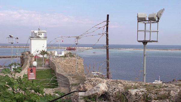 Kıbrıs'taki İngiliz üssüne sığınan mülteciler 20 yıl sonra İngiltere'ye kabul edildi