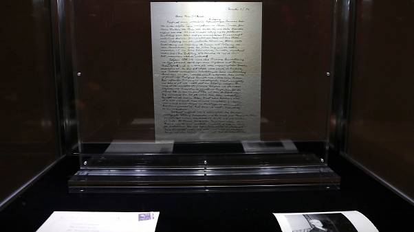 Vente record pour un manuscrit d'Albert Einstein